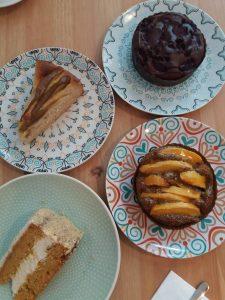 Café Ausnahmsweise Auswahl an Kuchen