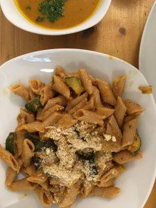 Ulli's Veganeria Pasta mit Gemüse